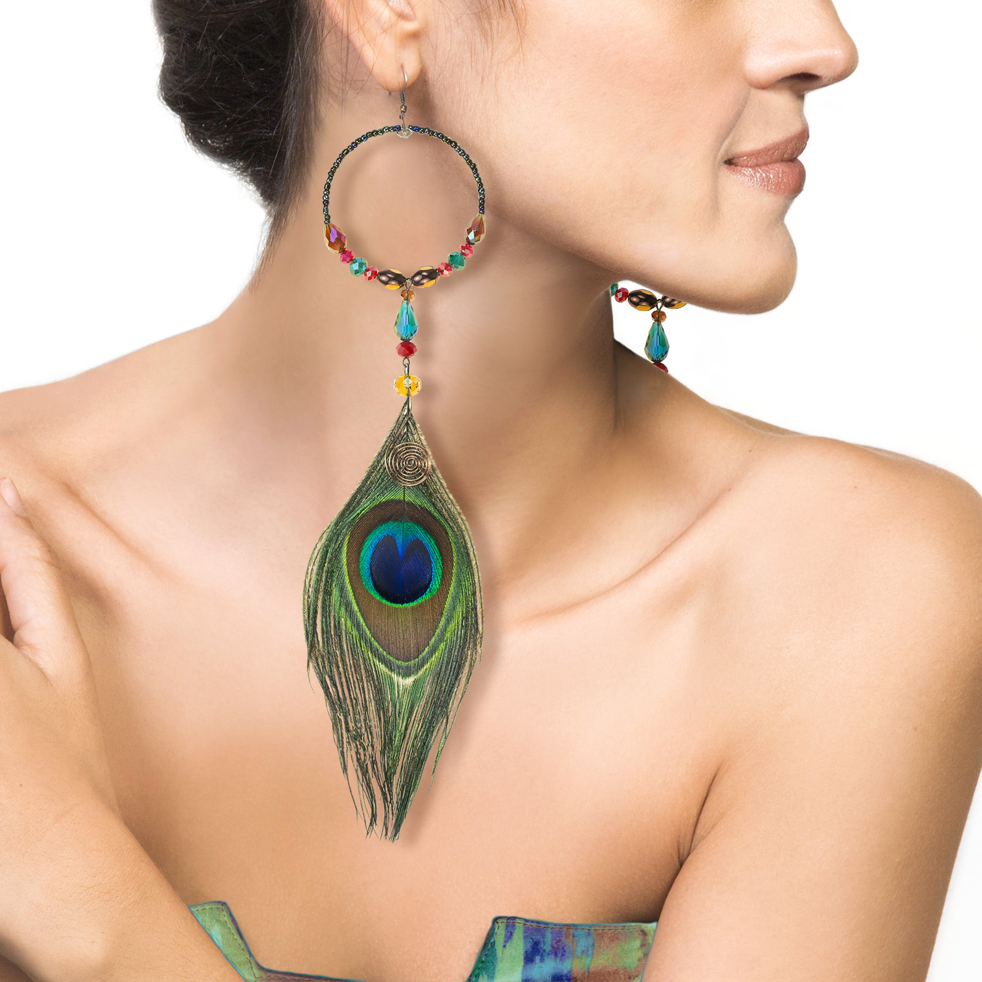 migration mu lacase product feather necklace peacock en
