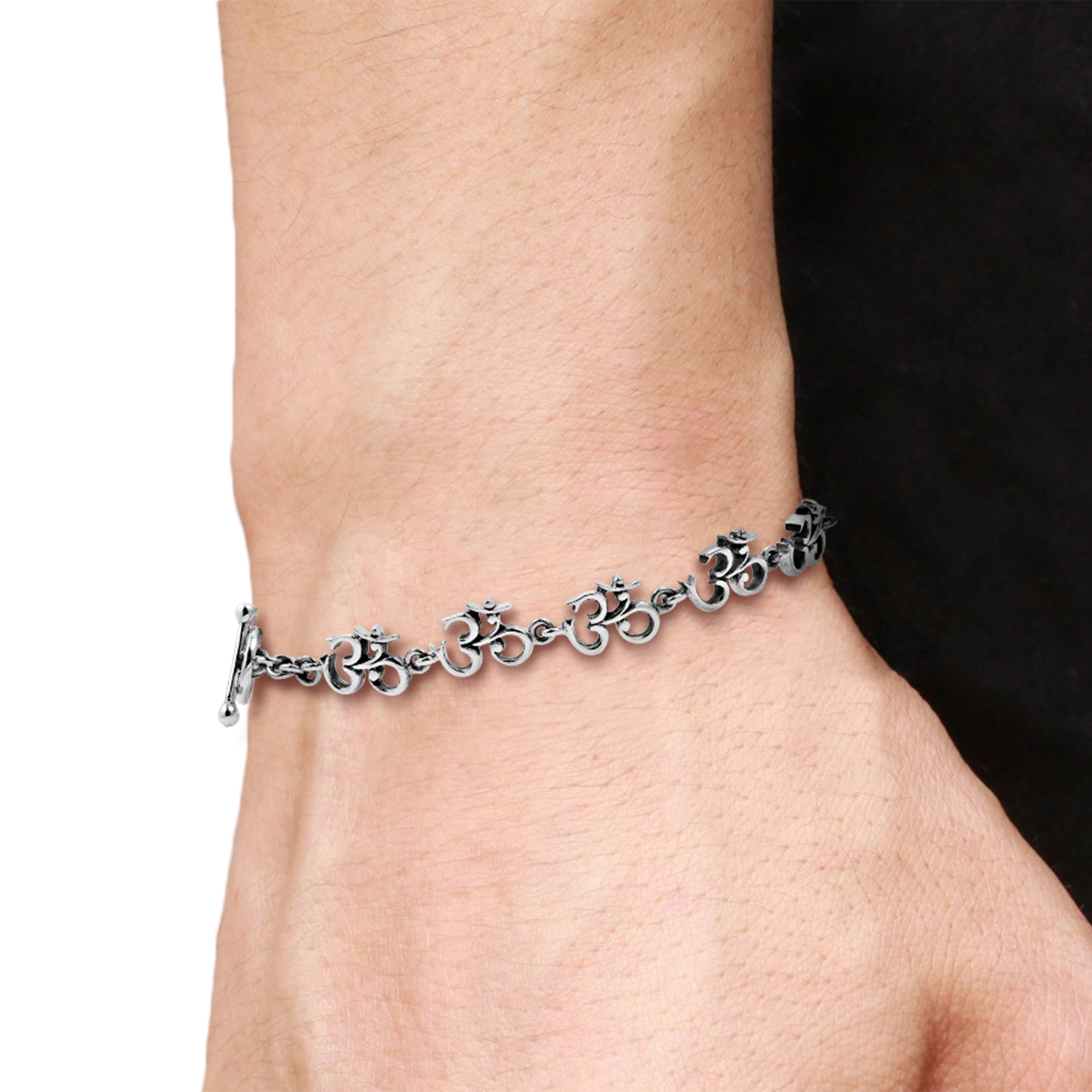 Elaborate Aum Om Symbol Link 925 Silver Bracelet 8 In Aeravida