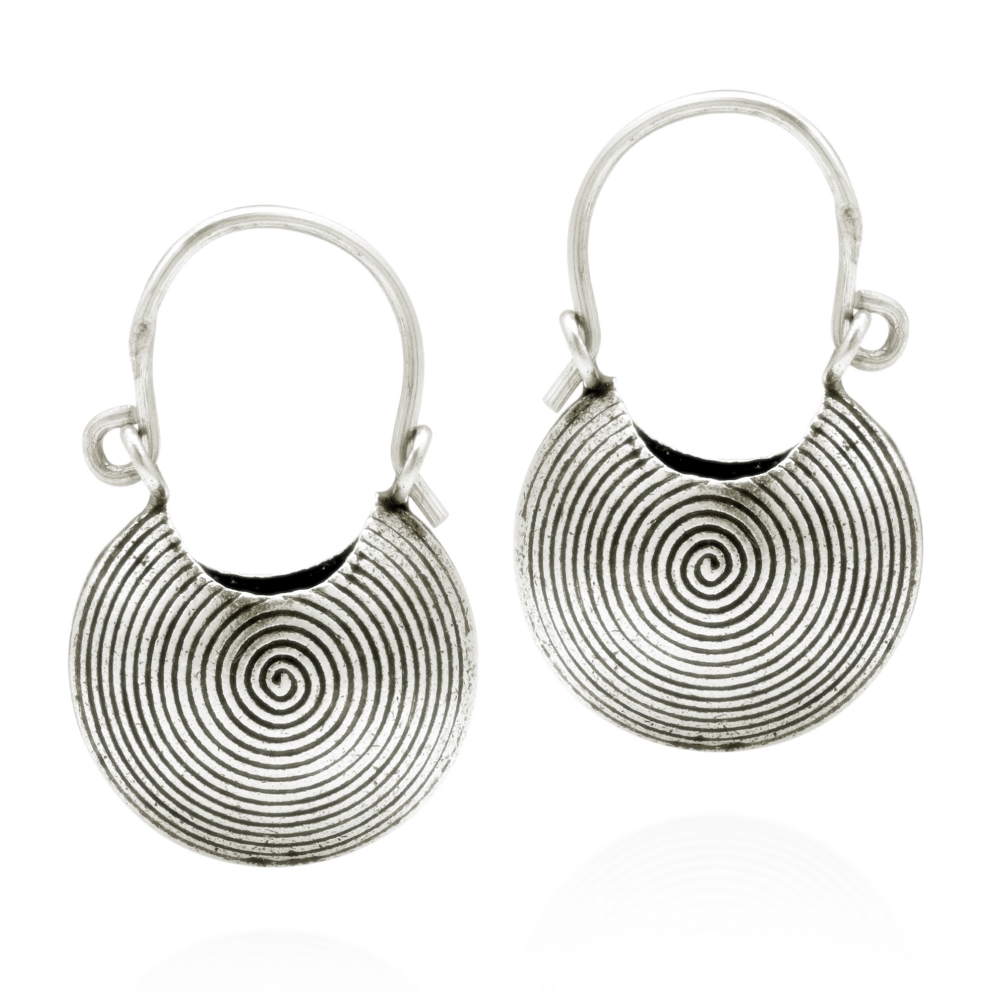 Spirals Filled The Baskets With Hypnotic Elegance These Fashionable Earrings Were Crafted By Hand Thai Hill Tribe Pure Silver